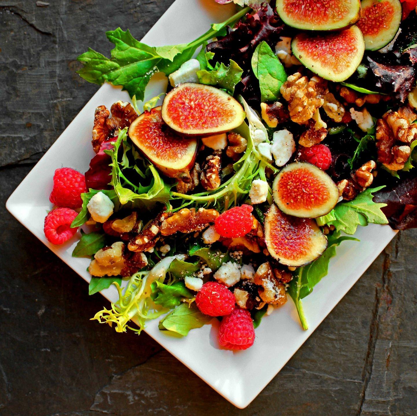 7 ideas para preparar ensaladas con fruta de primavera verano for Ideas ensaladas originales