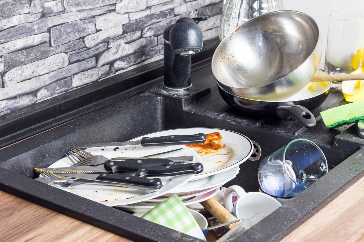 Este es el truco para lavar los trastes sin esponja for Trastes de cocina