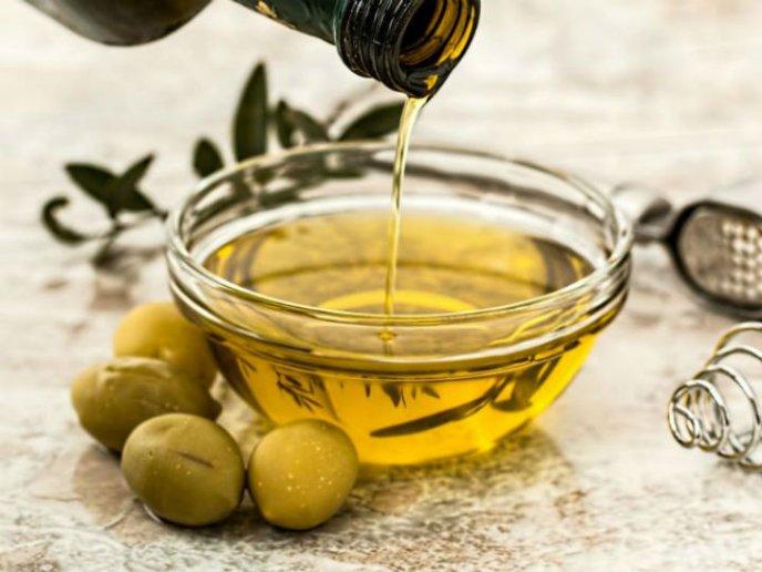 beneficios de comer aceite de oliva extra virgen en la mañana