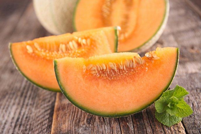 que frutas contienen menos calorias y azucar
