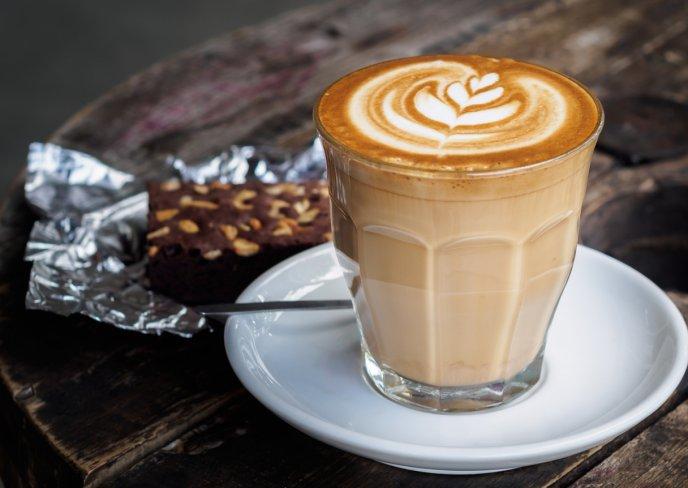 Resultado de imagen de cafe con leche