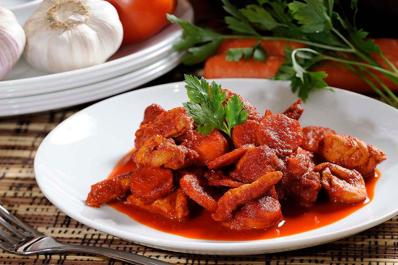 Pollo en salsa roja un delirio que te encantará