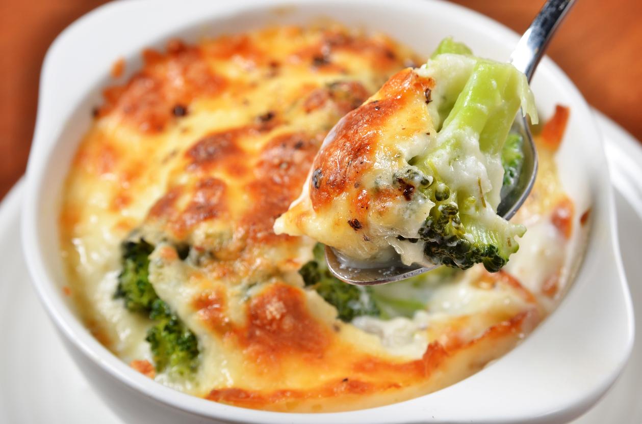 Delicioso Gratinado De Brócoli Con Coliflor Y Jamón La Guarnición Perfecta