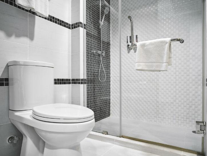 como ventilar un baño sin ventana