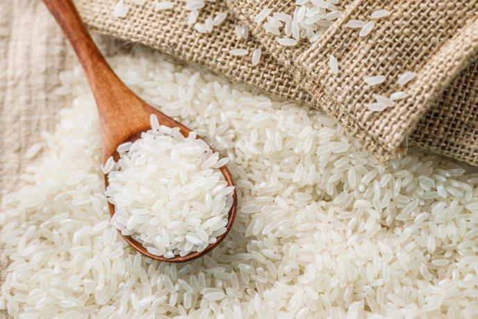 mascarilla de arroz para alisar el cabello