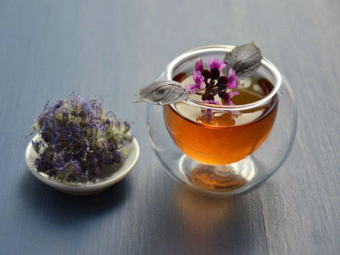 beneficios del te de lavanda