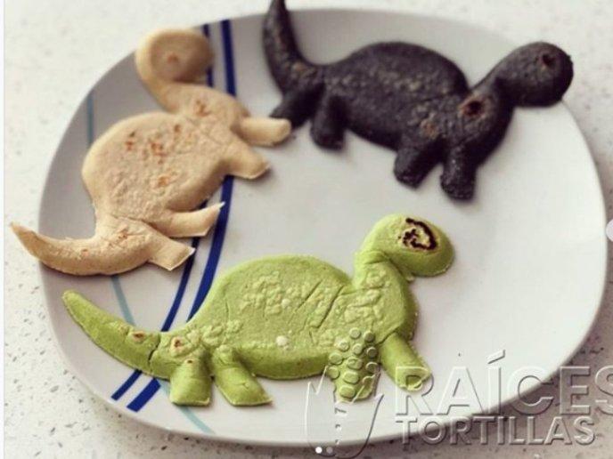 Comida Mexicana Con Forma De Dinosaurios Para Chicos Y Grandes Los dinosaurios del parque cretácico exhiben nuevos y llamativos colores, producto del mantenimiento rutinario y en base a nuevos descubrimientos sobre. comida mexicana con forma de