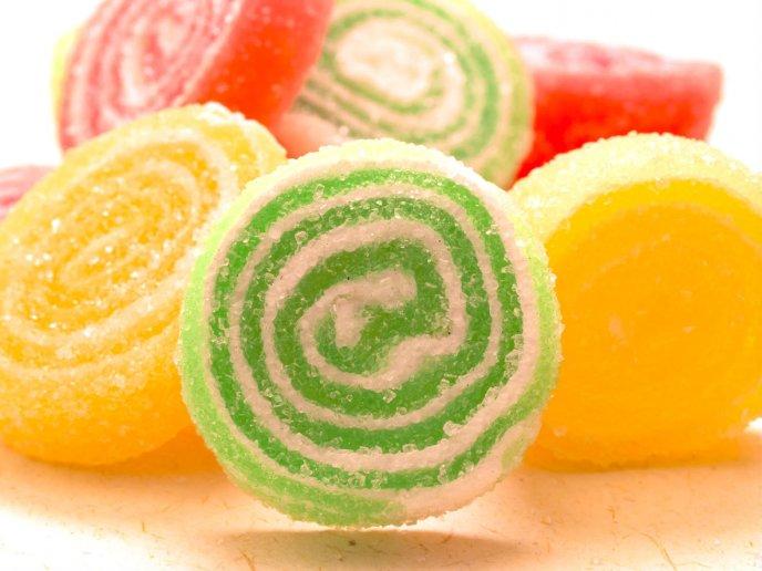 como hacer gomitas de gelatina facil
