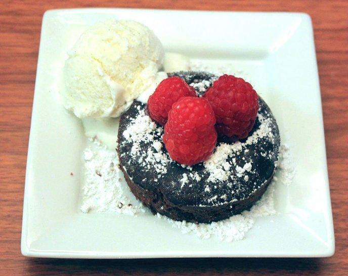 como hacer volcanes de chocolate receta facil