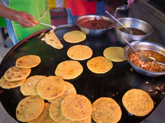 Enfermedad del estomago por comer en la calle