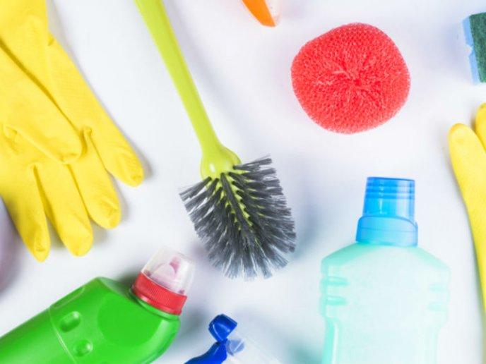 errores de limpieza que hacen tu hogar más sucio