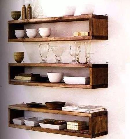 5 formas creativas para decorar tu cocina con repisas for Modelos de repisas para cocinas pequenas