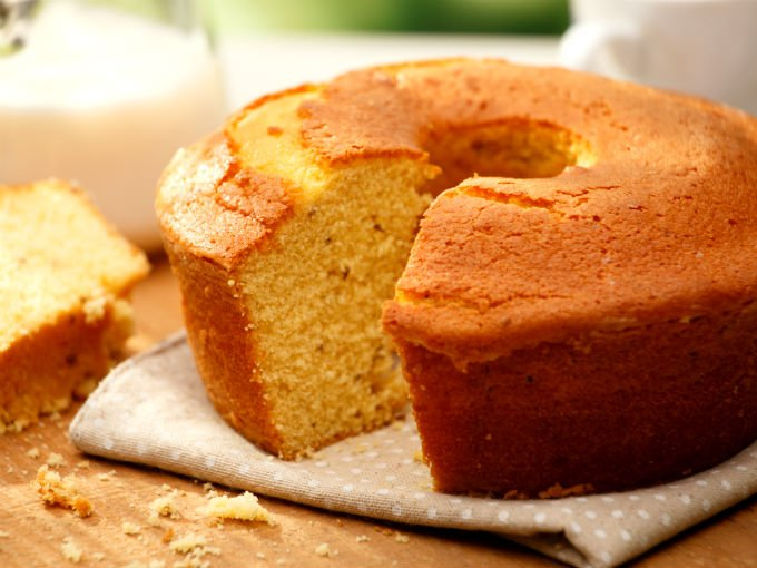 Prepara un esponjoso pastel con leche condensada