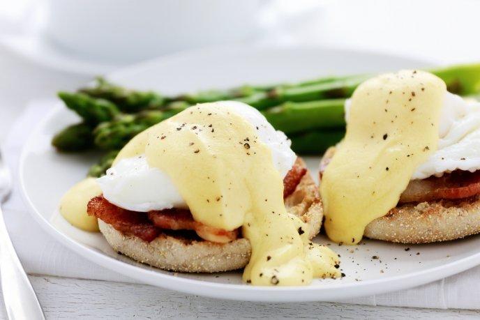 Consciente a tu mamá con un desayuno a la cama con estas recetas