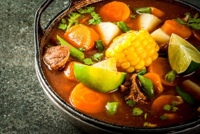 Consiente A Tu Familia Con Un Rico Caldo De Res Con Verduras Estilo Michoacán Receta Fácil