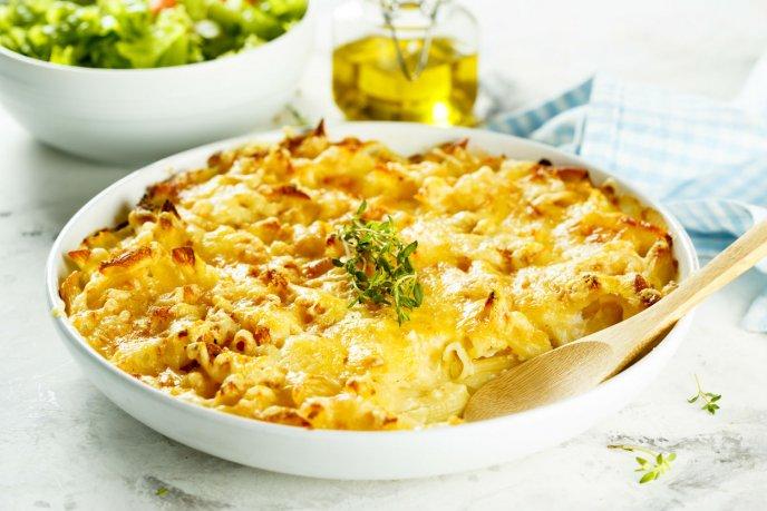 Prueba este delicioso y cremoso mac&cheese de coditos con coliflor