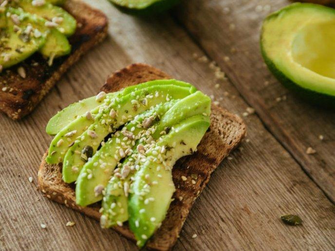 alimentos ricos en calorías para comer por la noche