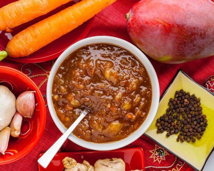 Salsa de mango y jalapeño