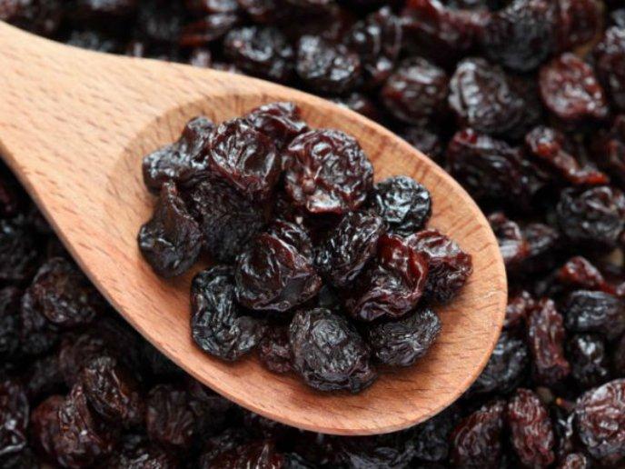 cuantos gramos de pasas de uva hay que comer por dia