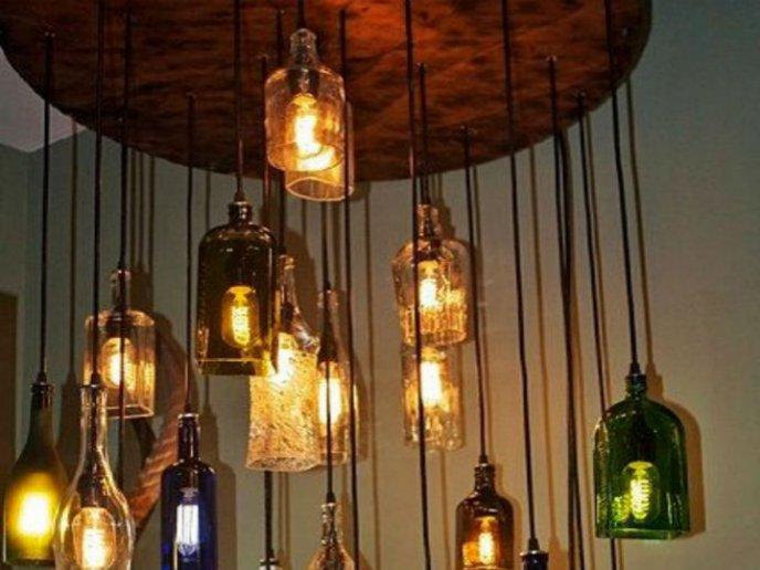 15 Lámparas Hechas Con Botellas De Vidrio Que Te Encantarán