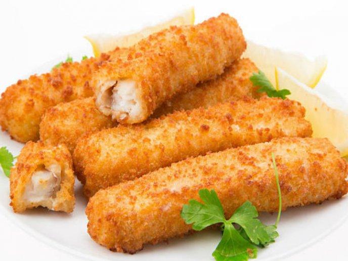 Prepara tiras de pescado frito ¡súper crujientes en solo 4 pasos!