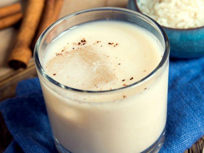 beneficios de tomar agua de horchata