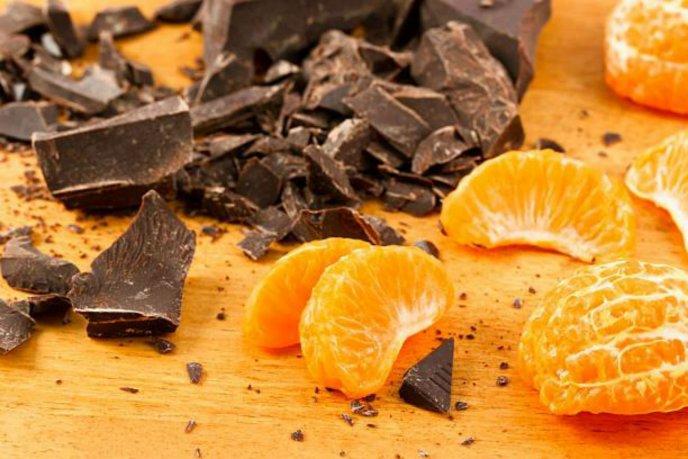 Postre-saludable-con-mandarina-y-chocolate-ingredientes