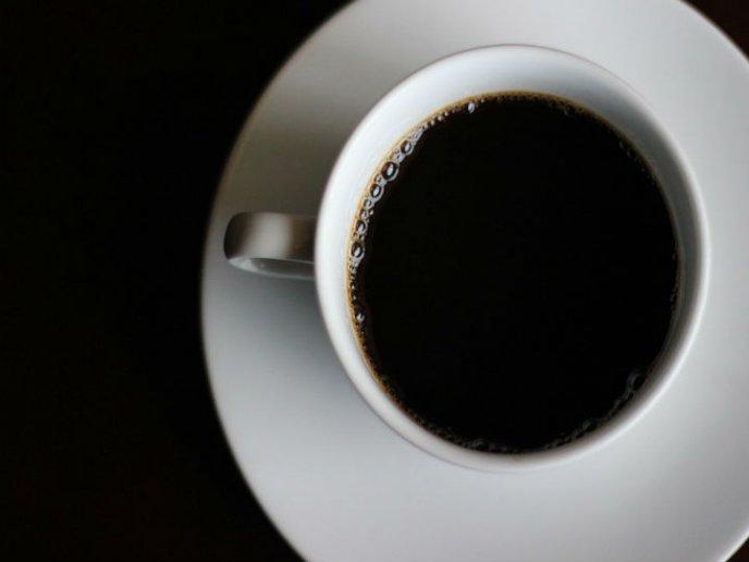 que pasa si tomo cafeina