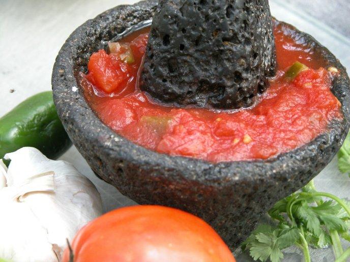 Salsa Roja Picante Estilo Tlaquepaque Con Tomate Verde Y Chiles Secos
