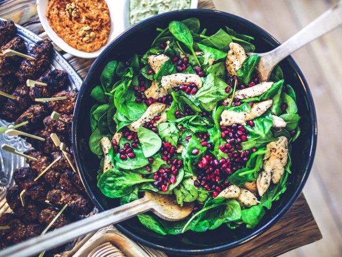 receta ensalada con pavo y arandanos