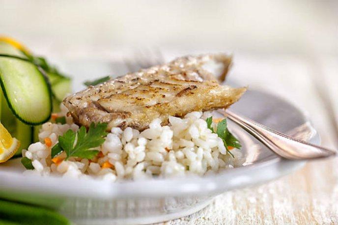 receta facil de pescado con arroz espectacular